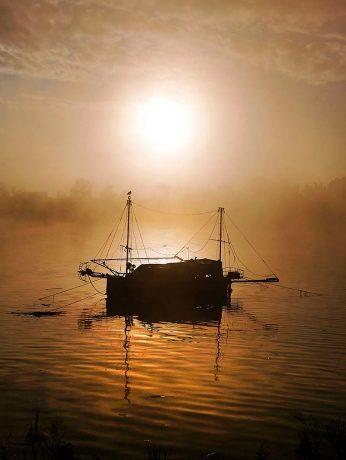 Primer Premio. Al Alba la luz nace del agua. David Pineda